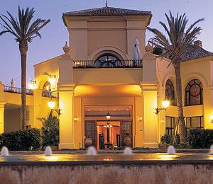 Jugar al golf en Sotogrande . Almenara Golf Resort, Campo de Golf en Sotogrande