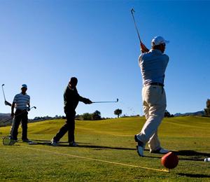 Jugar al golf en Mijas Costa. La Cala Resort, Campo de Golf en Mijas Costa