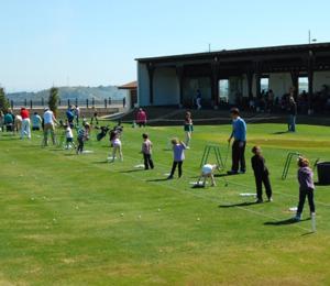 Jugar al golf en Estepona. Valle Romano Golf, Campo de Golf en Estepona