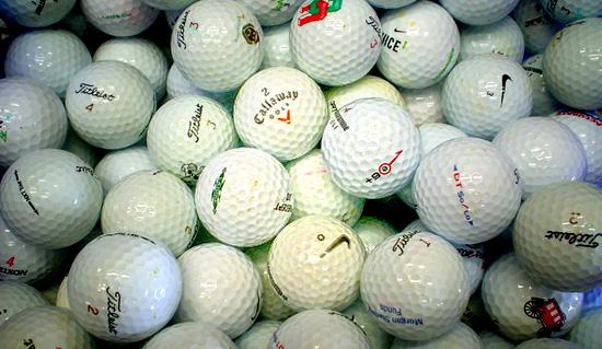 <!--:es-->Cuándo jubilar una bola de golf<!--:-->