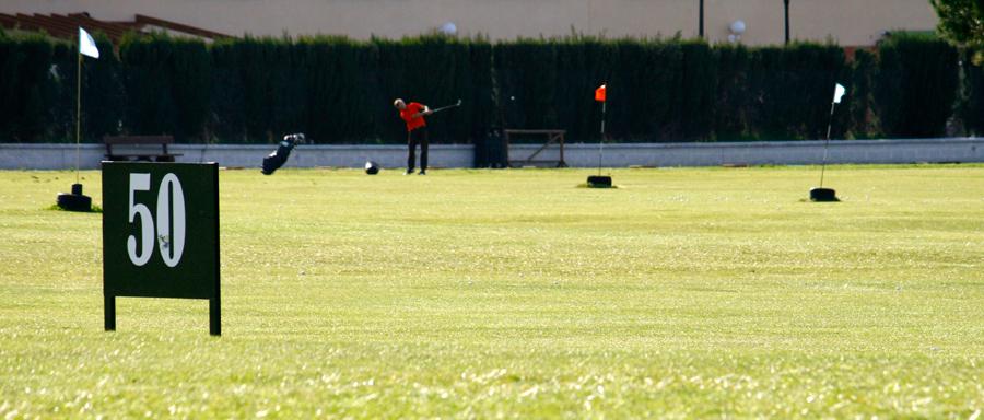 driving range o campo de prácticas de golf